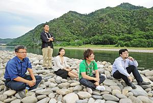 岐阜新聞連載企画「ぎふ海流」のまとめ的座談会_f0197754_11341825.jpg