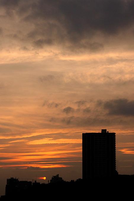 さて昨日の夕焼けは・・・_b0067789_1149616.jpg