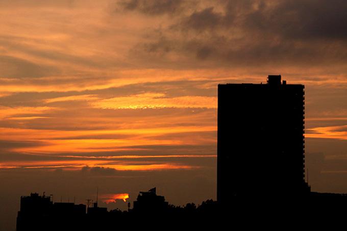 さて昨日の夕焼けは・・・_b0067789_11502482.jpg