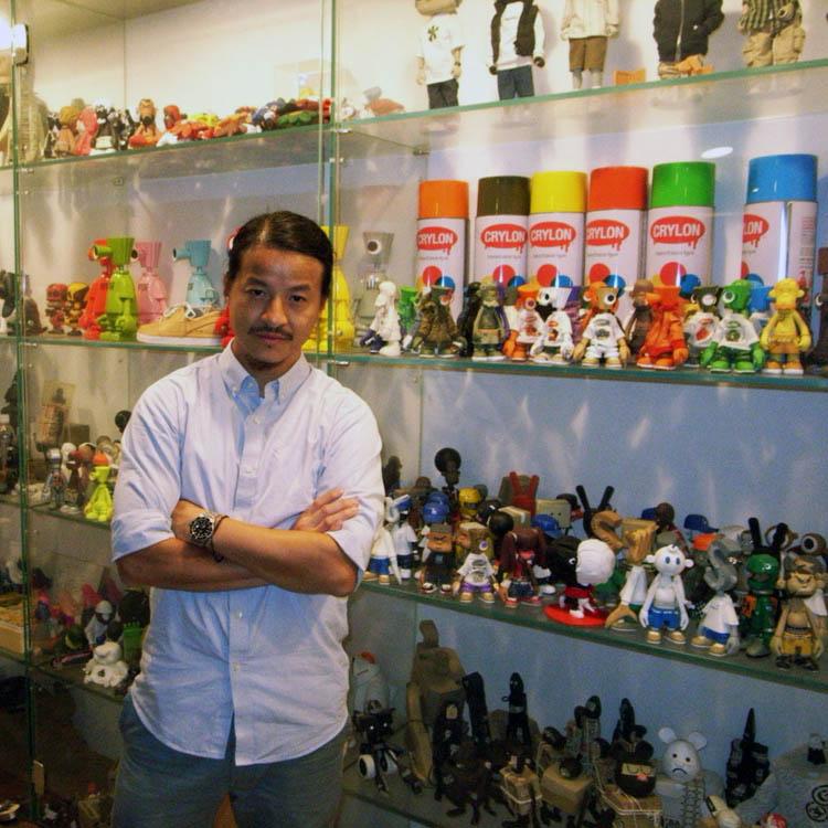 香港挨拶回り、最終、Michael Lauの待つcrazysmilesへ。_a0077842_22523439.jpg