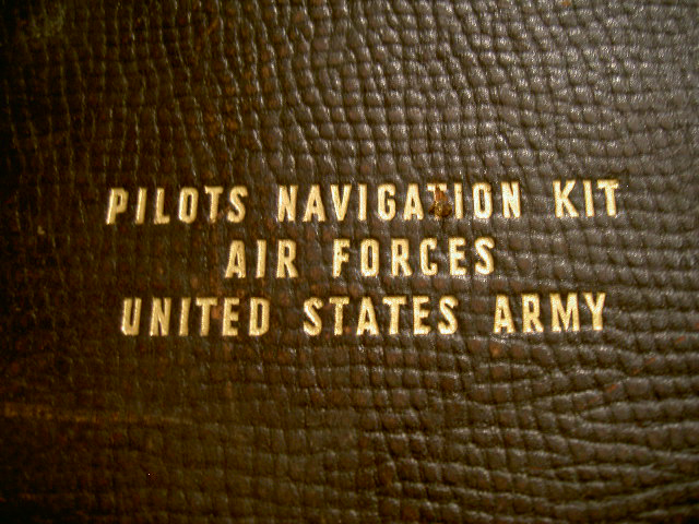 40\'s US ARMY AIR FORCES PILOTS NAVIGATION KIT BAG_b0121563_284284.jpg