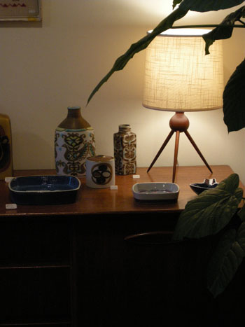 Teak table lamp (DENMARK)_c0139773_1921792.jpg