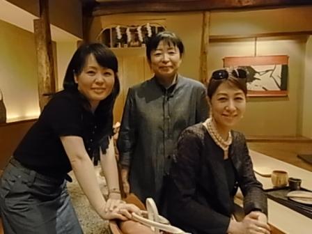 「花楽」で、優しい和食と美味しい日本酒を愛でる「女子利き酒会」_a0138976_2014574.jpg