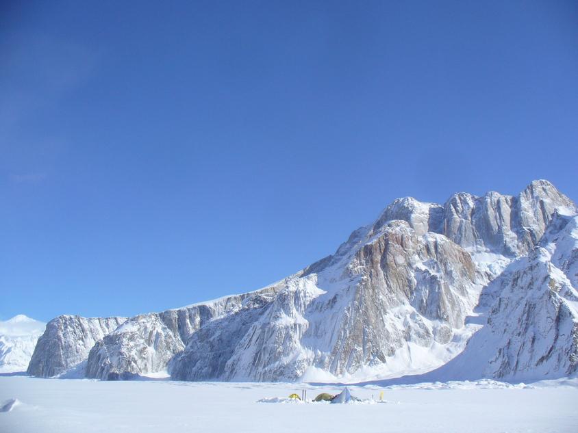 ルース氷河の山々_c0206900_23455143.jpg