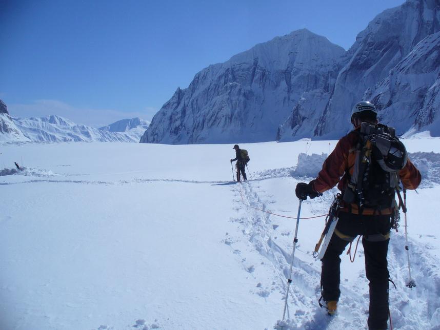 ルース氷河の山々_c0206900_2347139.jpg