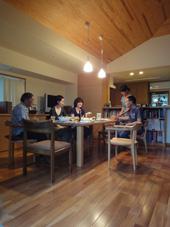 「東玉川の家」の食事会に誘われました。_c0195909_20214369.jpg