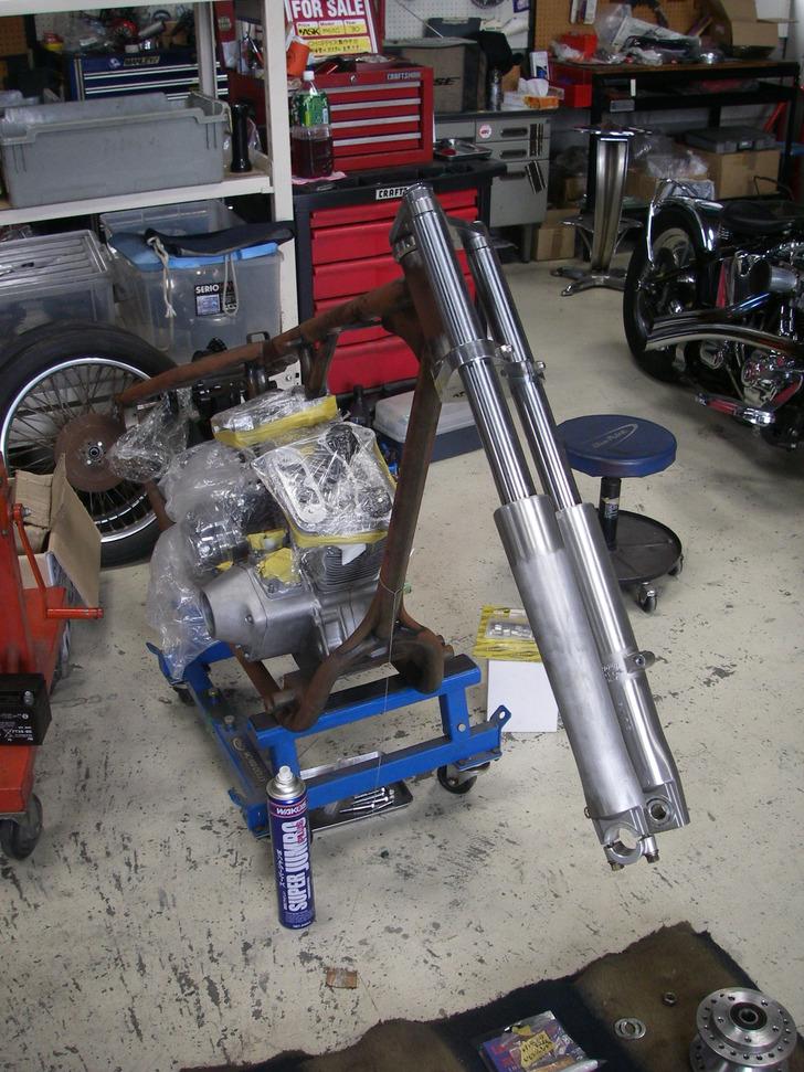エボ?チョッパープロジェクト第3弾 : 41mmナローフォーク_c0133351_19514381.jpg
