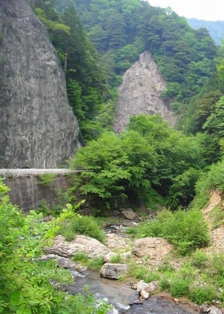 <2010年6月12日>奥秩父の遥かなる幽寂峰「和名倉山」 (リベンジ登山)_c0119160_21285754.jpg