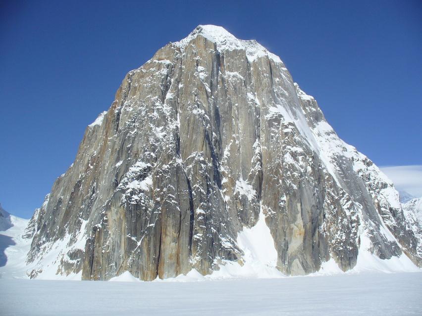 ルース氷河の山々_c0206900_031965.jpg