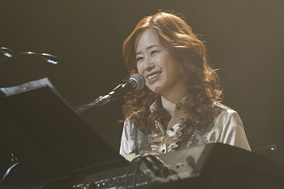 FictionJunction / Yuki Kajiura LIVE vol.#6 LIVE REPORT_e0025035_12393470.jpg