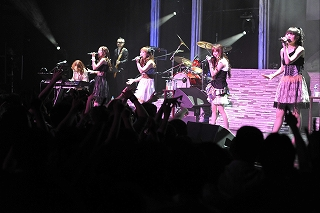 FictionJunction / Yuki Kajiura LIVE vol.#6 LIVE REPORT_e0025035_1240152.jpg