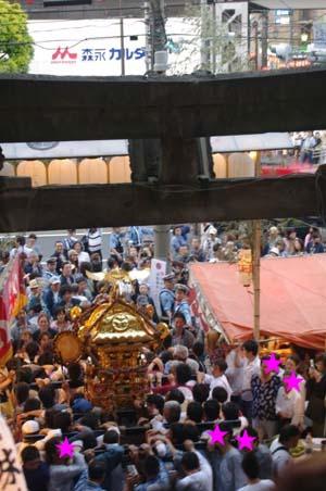 毎年恒例 品川神社で見たこと_f0211178_2128719.jpg