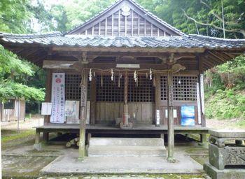 古物神社(1)宗像三女神が生れた十握剣と父のスサノオが始まりだった_c0222861_11125779.jpg