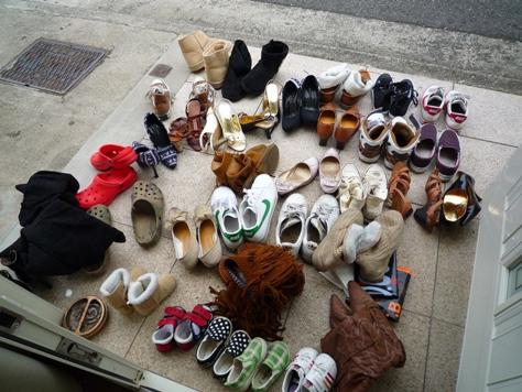 下駄箱の収納 娘達の靴 何とかするぞ~(^0^)/_e0123286_19514974.jpg