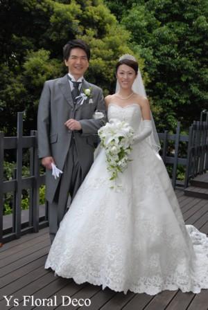 東郷記念館のおふたり ユリのキャスケードブーケ_b0113510_064577.jpg
