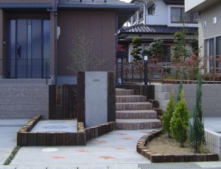 新築住宅のアプローチ&駐車場_a0169296_15451793.jpg