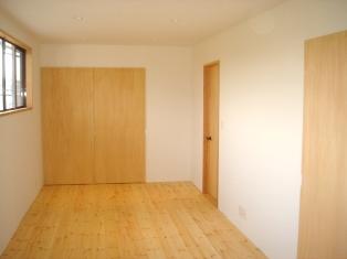 古い洋間二部屋をナチュラルなワンルームに_a0169296_8545455.jpg