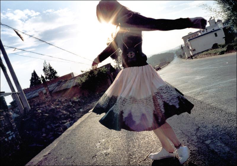 宮崎あおい写真集「光」 ──透明又清晰的她_c0073742_2257485.jpg