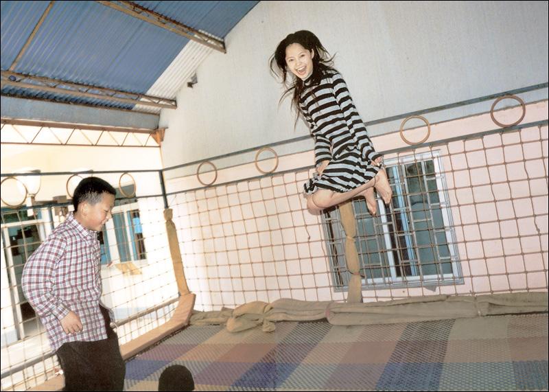 宮崎あおい写真集「光」 ──透明又清晰的她_c0073742_22592382.jpg