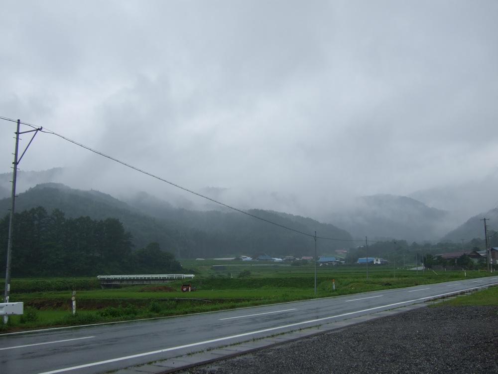 雨降りともあもあ景色_d0001843_23313027.jpg