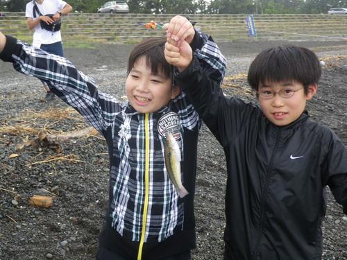 いぶき野小学校釣り教室_f0175450_17285033.jpg