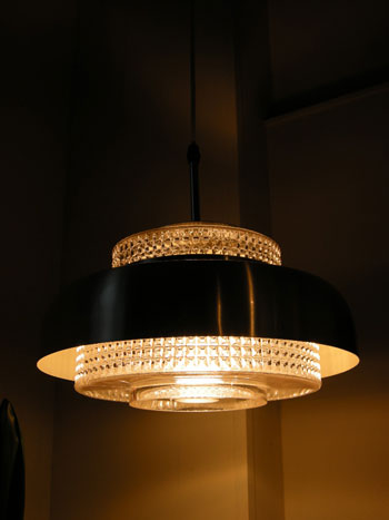 Pendant light (DENMARK)_c0139773_180758.jpg