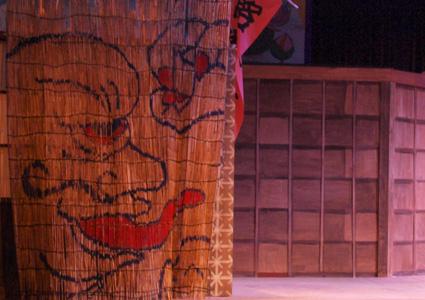 舞台セット制作のお手伝いしてきました。@東京芸術劇場小ホール2_d0051613_21421456.jpg