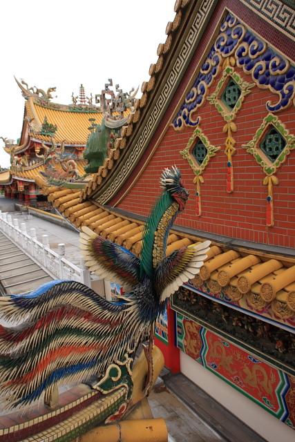 若葉  聖天宮 日本最大の道教廟  _b0061717_2329194.jpg