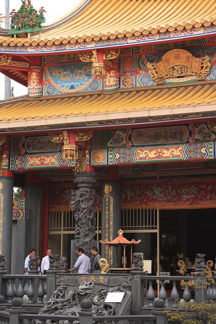 若葉  聖天宮 日本最大の道教廟  _b0061717_23294972.jpg