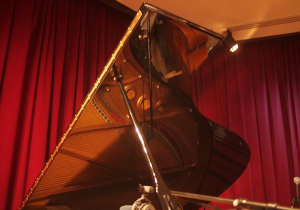 Piano Improvisations_f0137626_2130661.jpg