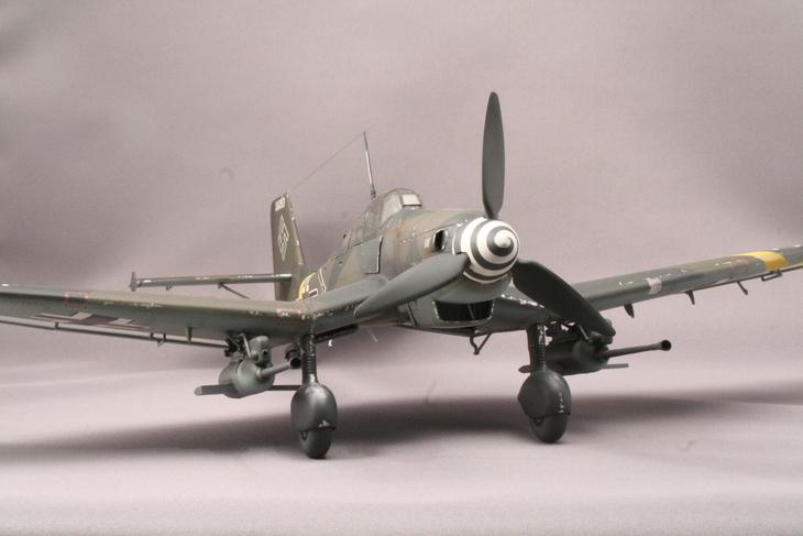 ハセガワ1/32 Ju-87Gカノーネンフォーゲル_b0107838_23403114.jpg