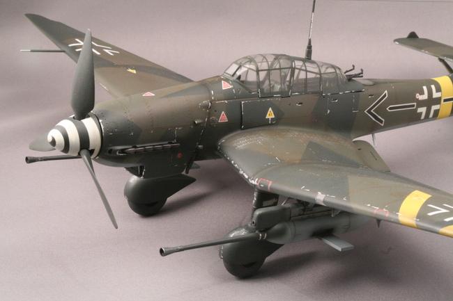 ハセガワ1/32 Ju-87Gカノーネンフォーゲル_b0107838_2340599.jpg