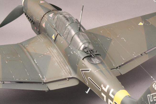 ハセガワ1/32 Ju-87Gカノーネンフォーゲル_b0107838_23425691.jpg