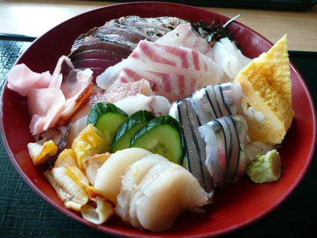 ご馳走海鮮丼♪_f0099147_20273531.jpg