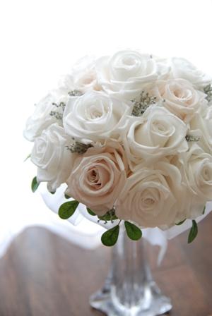 ジューンブライドの本当の意味。梅雨真っ只中なのに6月の花嫁は幸せになれるの?
