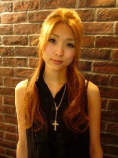 ロングのまとめ髪_a0123703_19251867.jpg