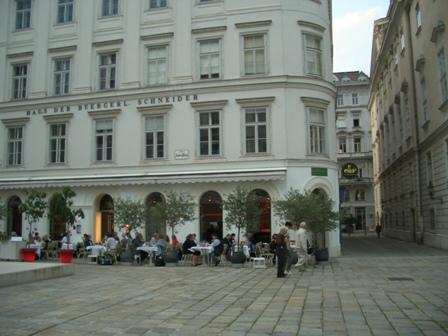 ウィーンで素敵なイブニング_a0159707_4231863.jpg