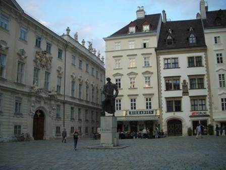 ウィーンで素敵なイブニング_a0159707_4311081.jpg