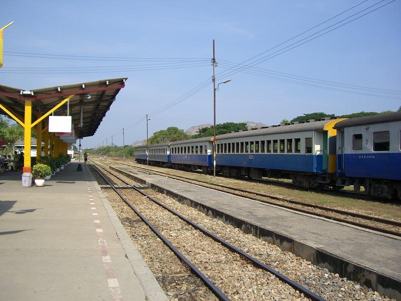 旧泰緬鉄道-Death Railway-の旅_d0116009_11422218.jpg