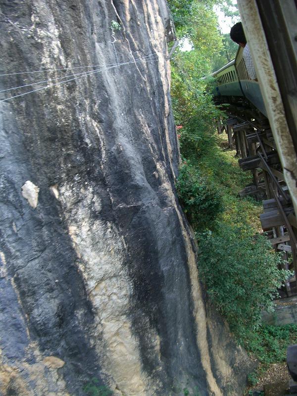 旧泰緬鉄道-Death Railway-の旅_d0116009_11454147.jpg