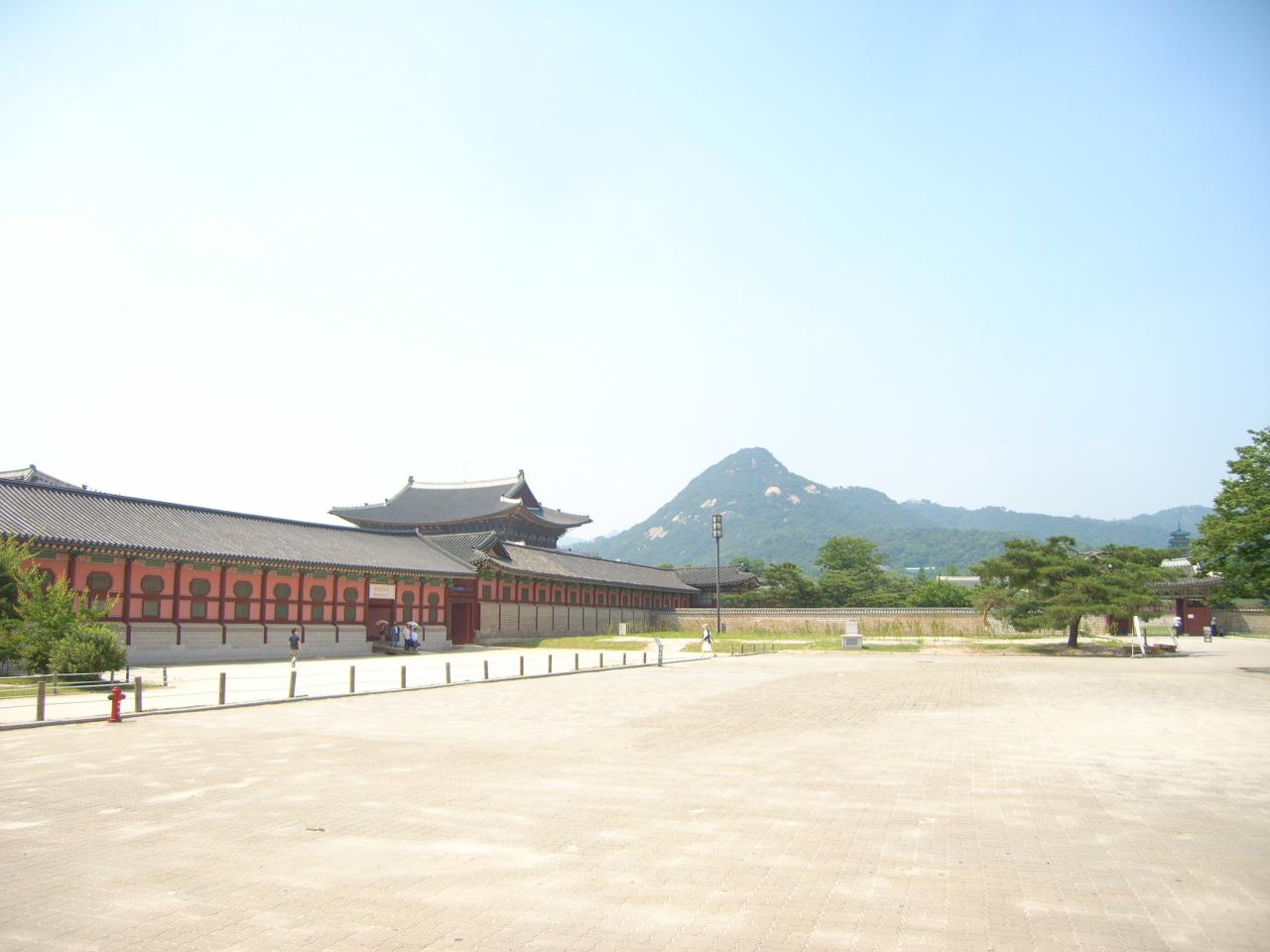 KOREA-2_c0143482_19393145.jpg