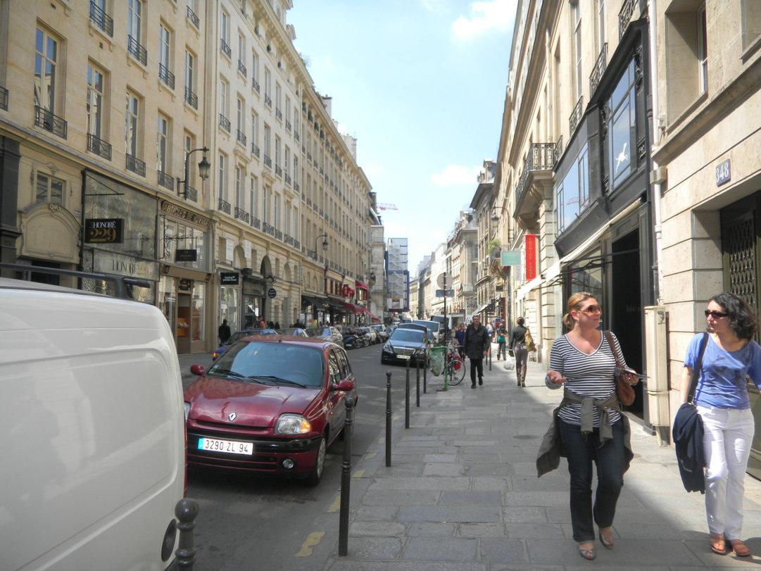 パリ 街歩き_c0195496_1673463.jpg