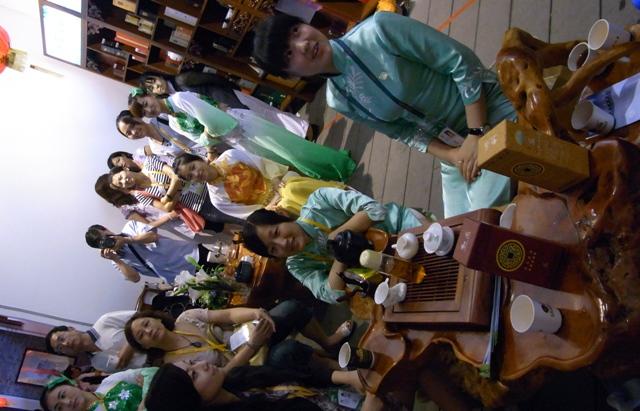 上海万博で馨華オリンジナル商品が出品展示円満終了!!!_f0070743_22131244.jpg