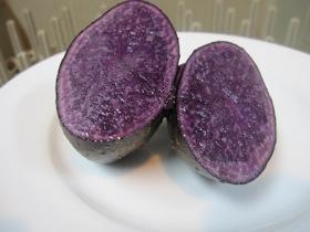 なかまで紫じゃが_d0177560_1835349.jpg