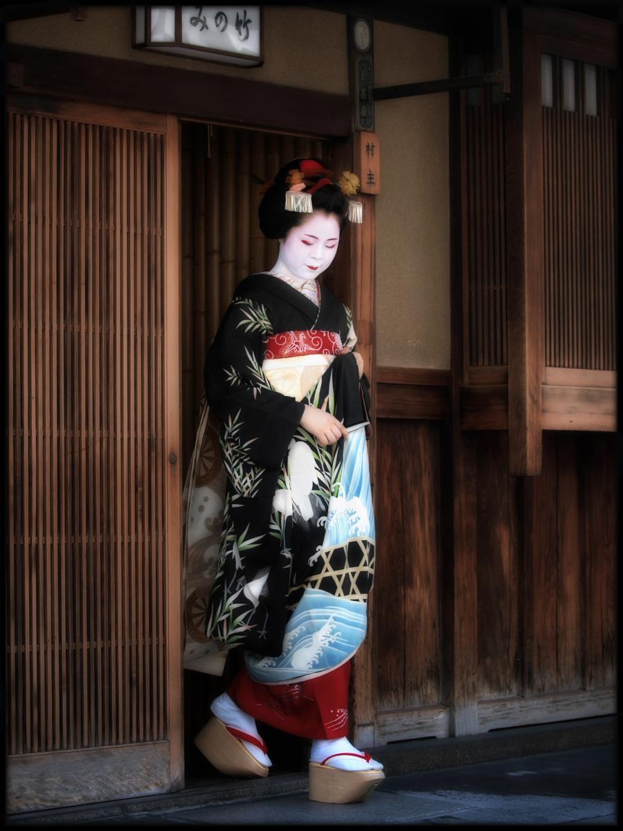 舞妓Haaaan!!! でぶゅーどすえ_f0021869_21564210.jpg