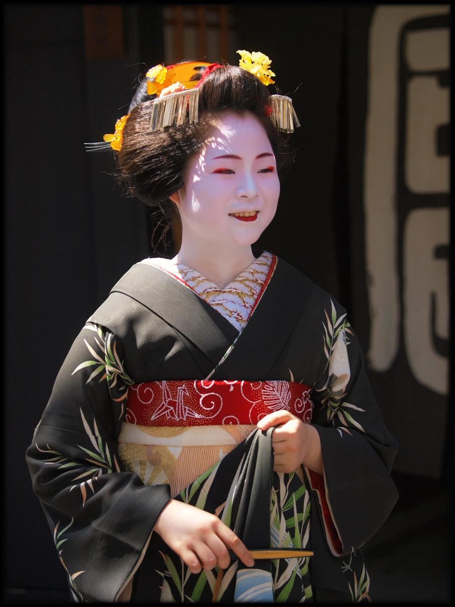 舞妓Haaaan!!! でぶゅーどすえ_f0021869_21571312.jpg