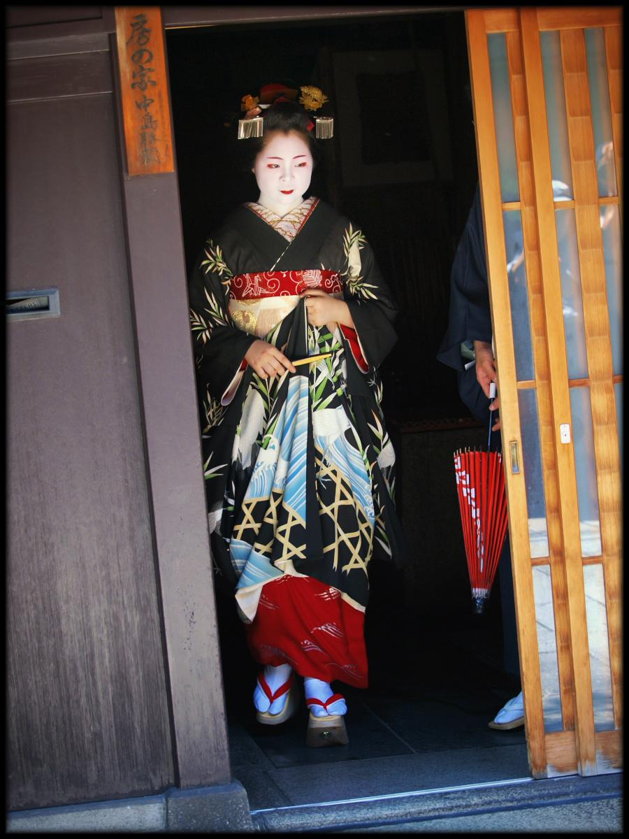 舞妓Haaaan!!! でぶゅーどすえ_f0021869_21593180.jpg