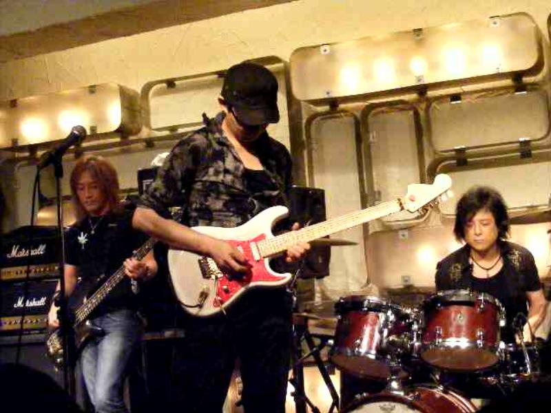 LIVE IN TOKYO    Episode 2_a0168628_17274013.jpg