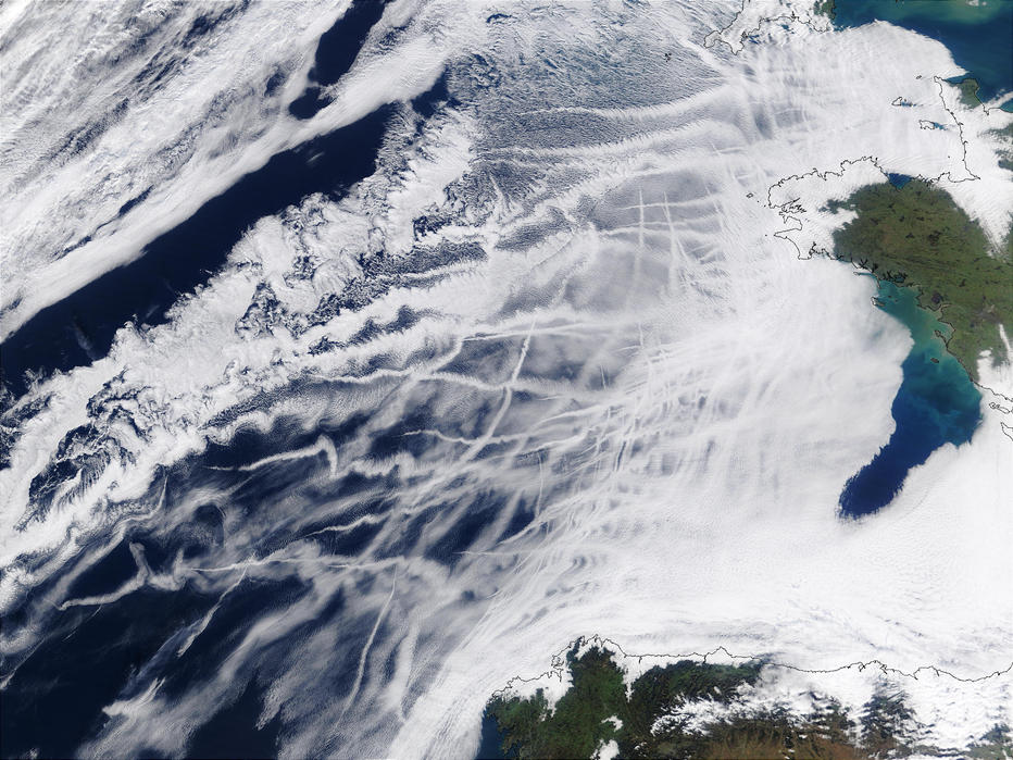 飛行機雲と地球温暖化の関係とは?:ケムトレイルが地球を暖める!_e0171614_1710350.jpg