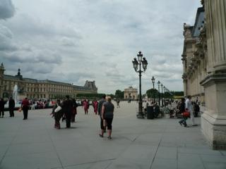 パリをブラモリ(3)_f0181924_14331218.jpg
